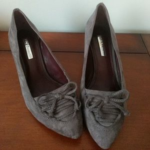 Bcbg gray velvet wedge heels, adorable faux lacing
